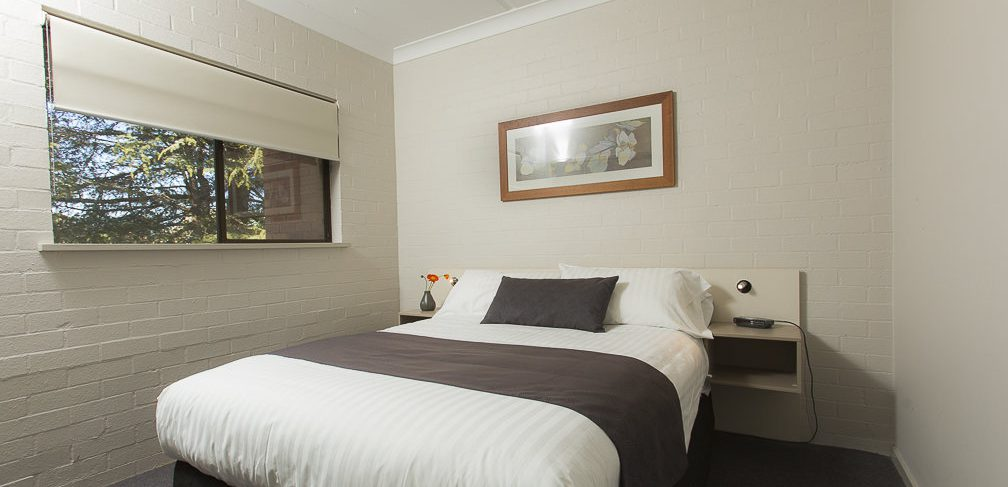 Oxley Court Serviced Apartments Master Bedroom